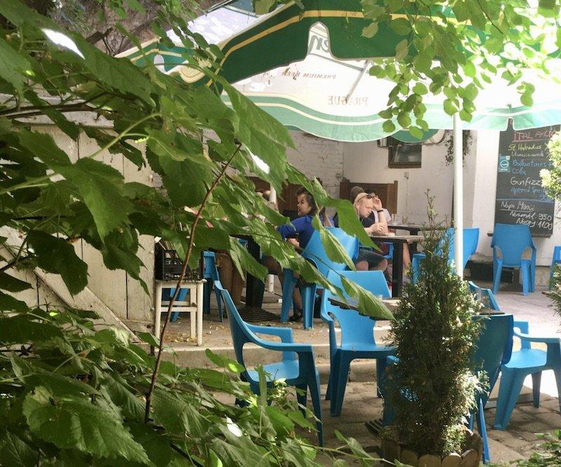 budapest-laptop-cafe-trapez