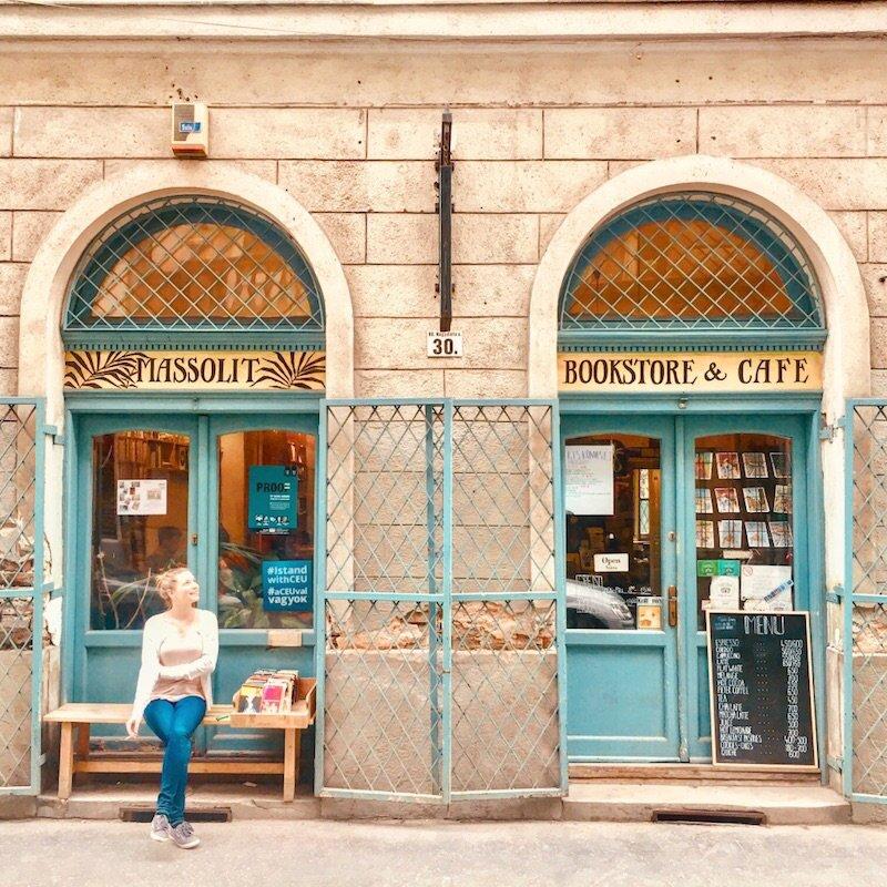 budapest-laptop-cafe-massolit